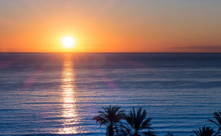 Kako nas sonce ščiti pred srčnimi napadi in možgansko kapjo?