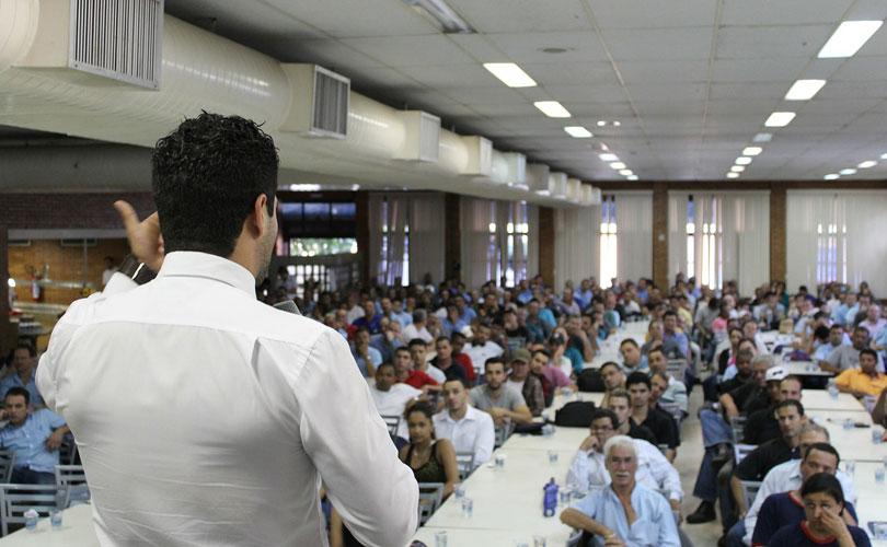 predstavitev-govornik-uspeh