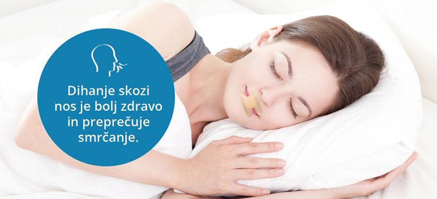 zenska-spi-ustni-obliz