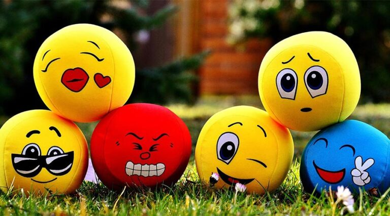 Ali sploh še znamo izražati svoja čustva?
