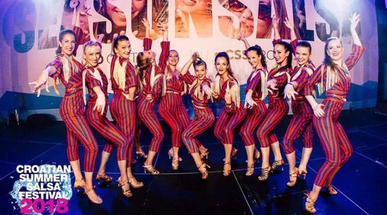 Salsa show skupina Lupitas