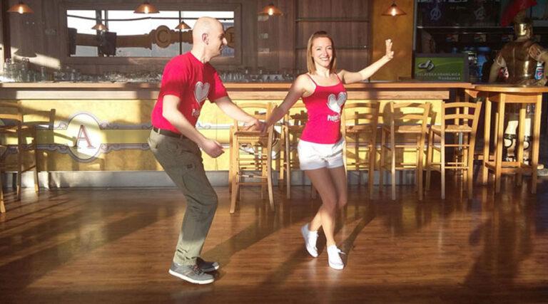 Posnetek in foto utrinki s plesnega nastopa